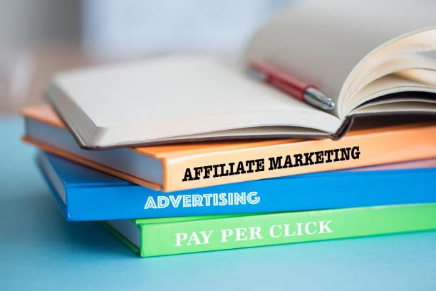 Wil je dat jouw producten ook op andere sites worden getoond, maar wel zelf de verkoop doen, dan kan affliate marketing interessant zijn.