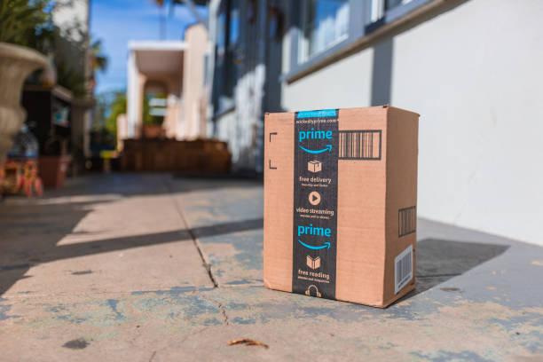 Je kunt je producten ook via een marketplace van aan ander verkopen. Bijvoorbeeld, Bol.com, Amazon of Zalando.